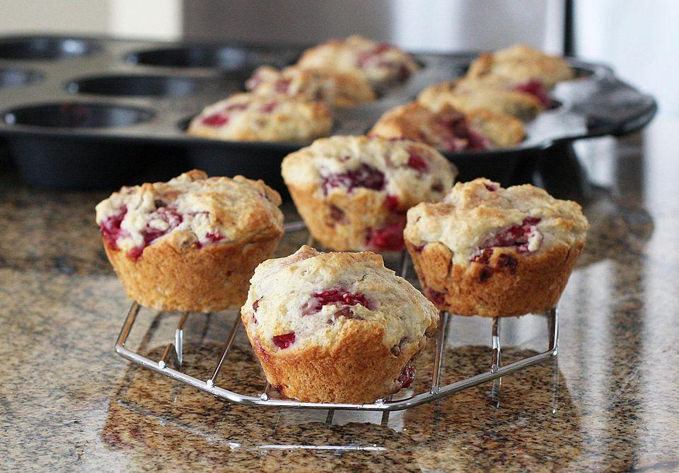 Raspberry Nut Muffins