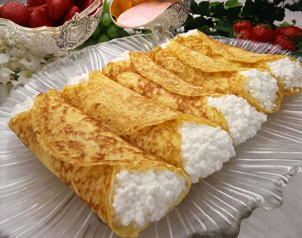 Cottage cheese blintzes
