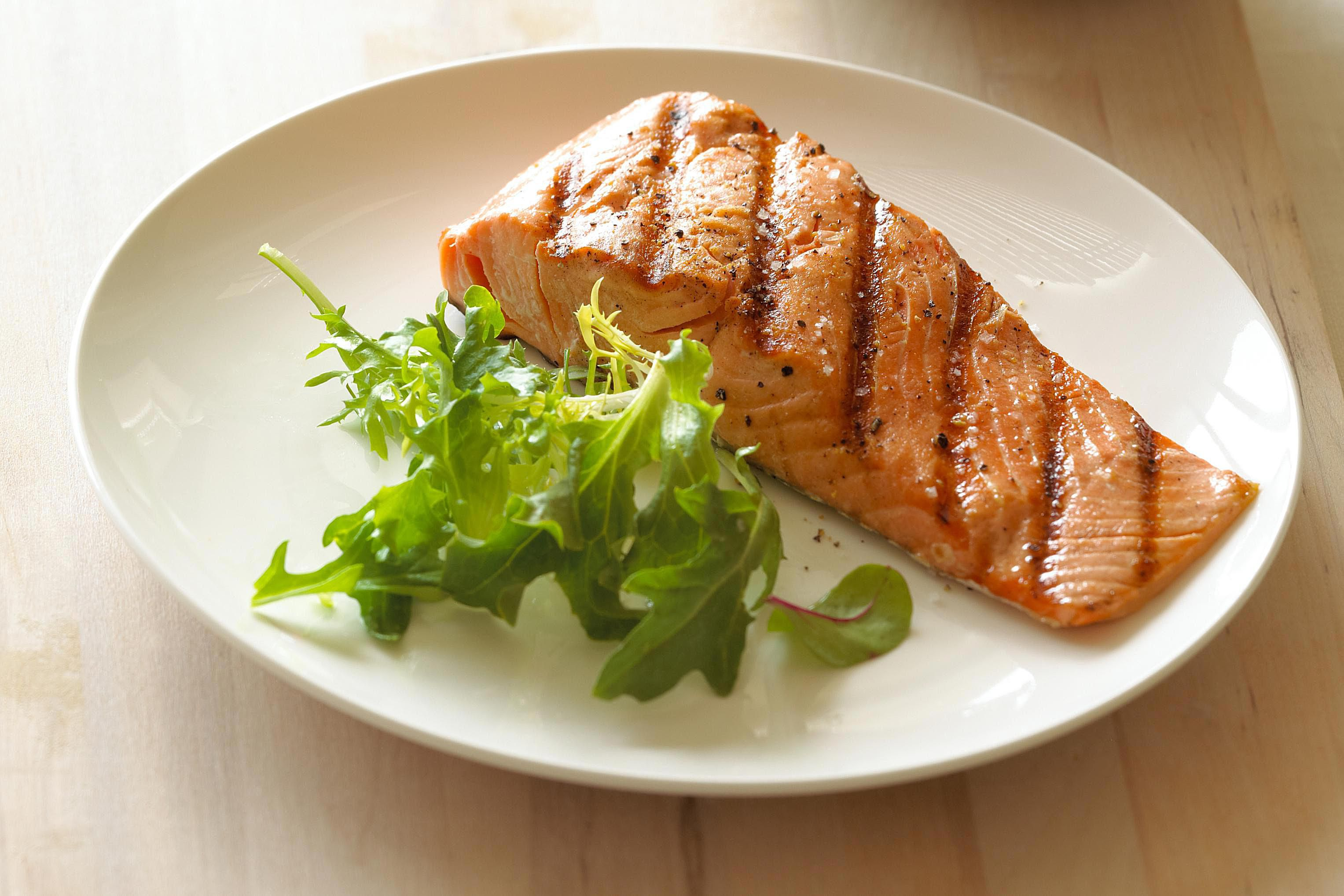 Easy grilled salmon recipe no flip grilled salmon keeps things easy and mess free ccuart Gallery