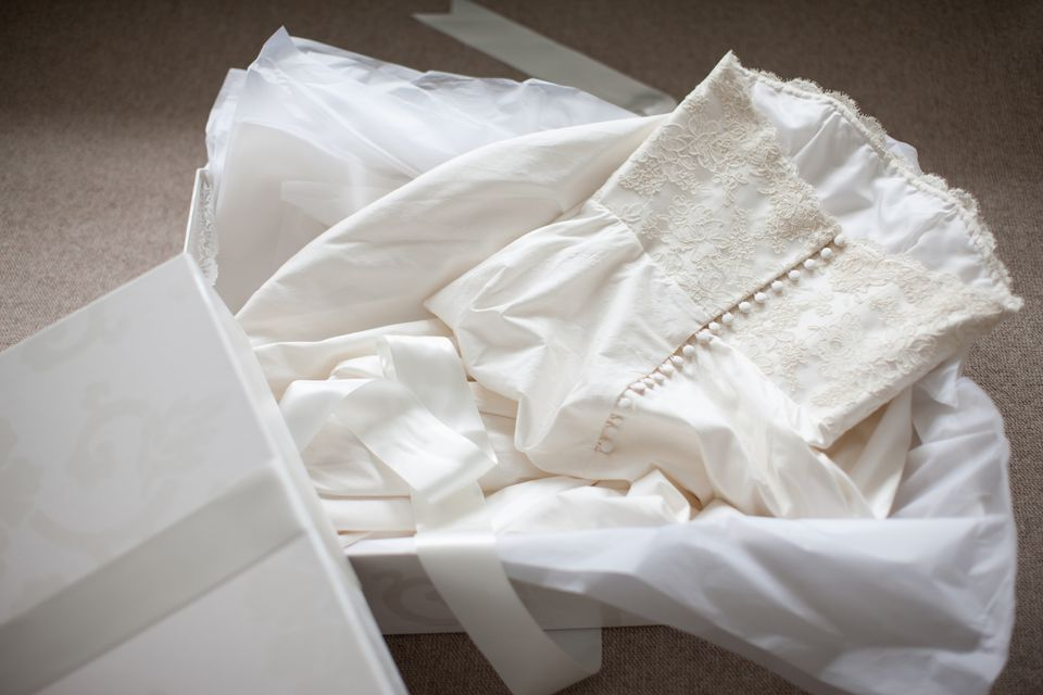 How to clean preserve and store a wedding gown for Where to get wedding dress cleaned and preserved