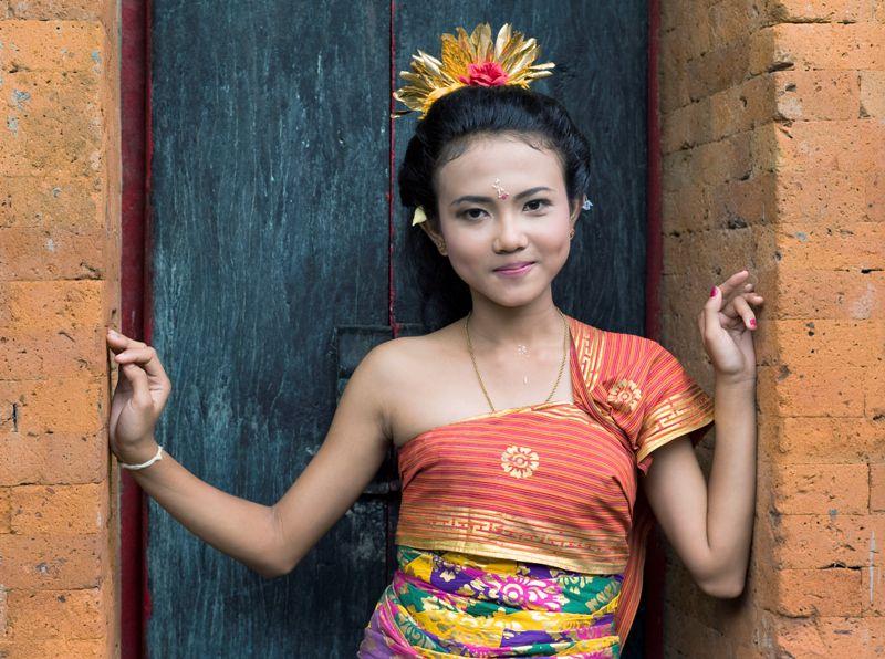 Balinese girl in formal dress, Ubud, Bali