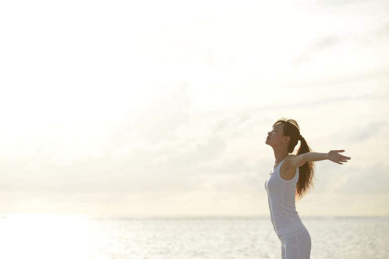 breathing-relax-ocean-standing.jpg
