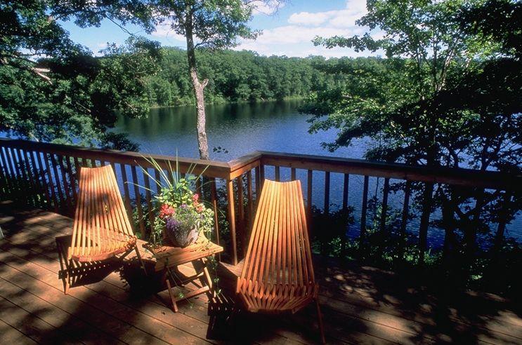 canoe bay view lake wahdoon