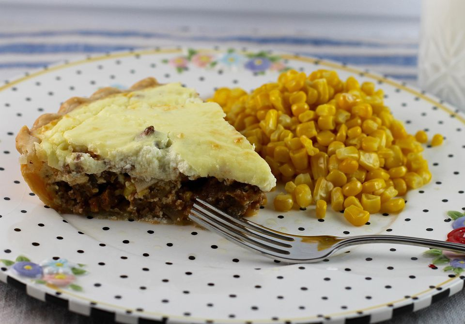 Beef Cottage Cheese Pie