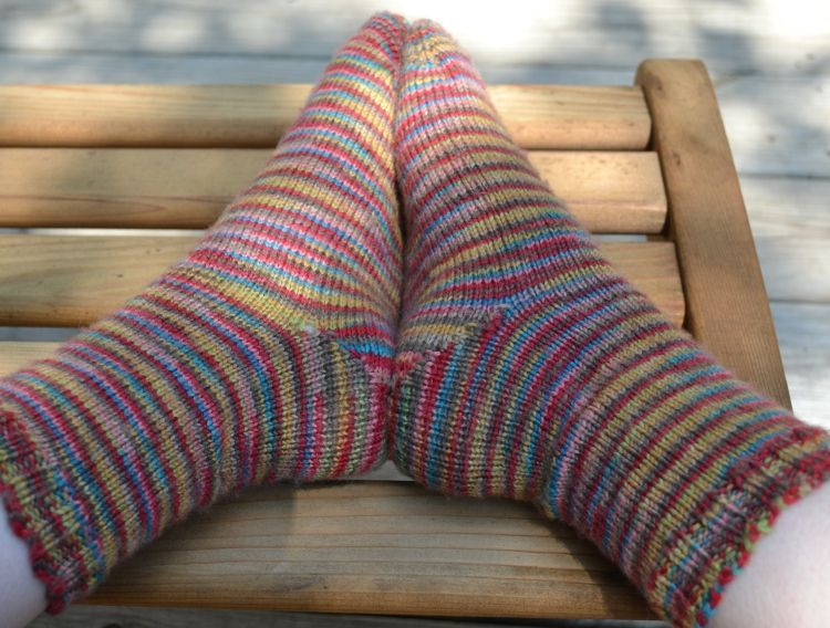 Simple Toe-Up Sock Knitting Pattern