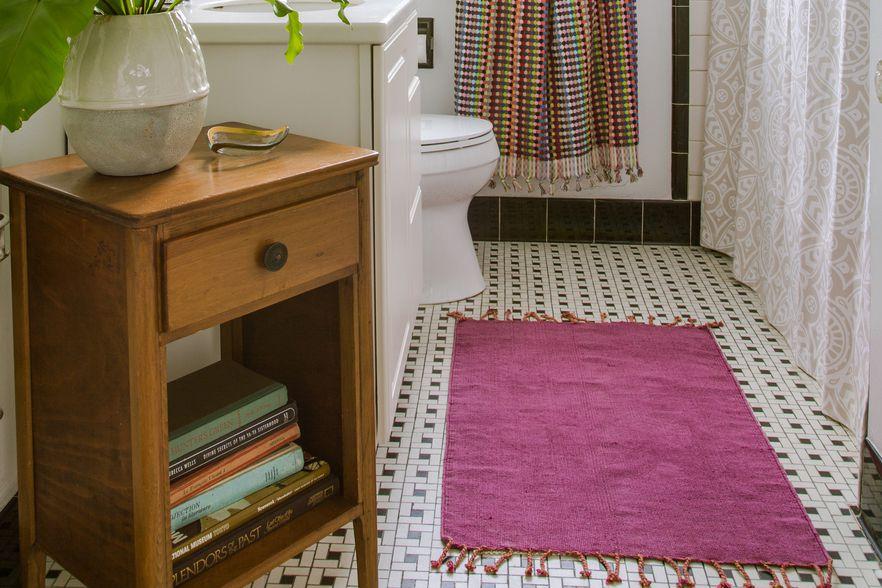 Purple bathroom rug