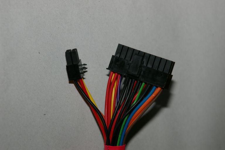 ATX 12V v2.3 20+4 pin connection