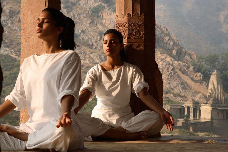 historia filosofía yoga
