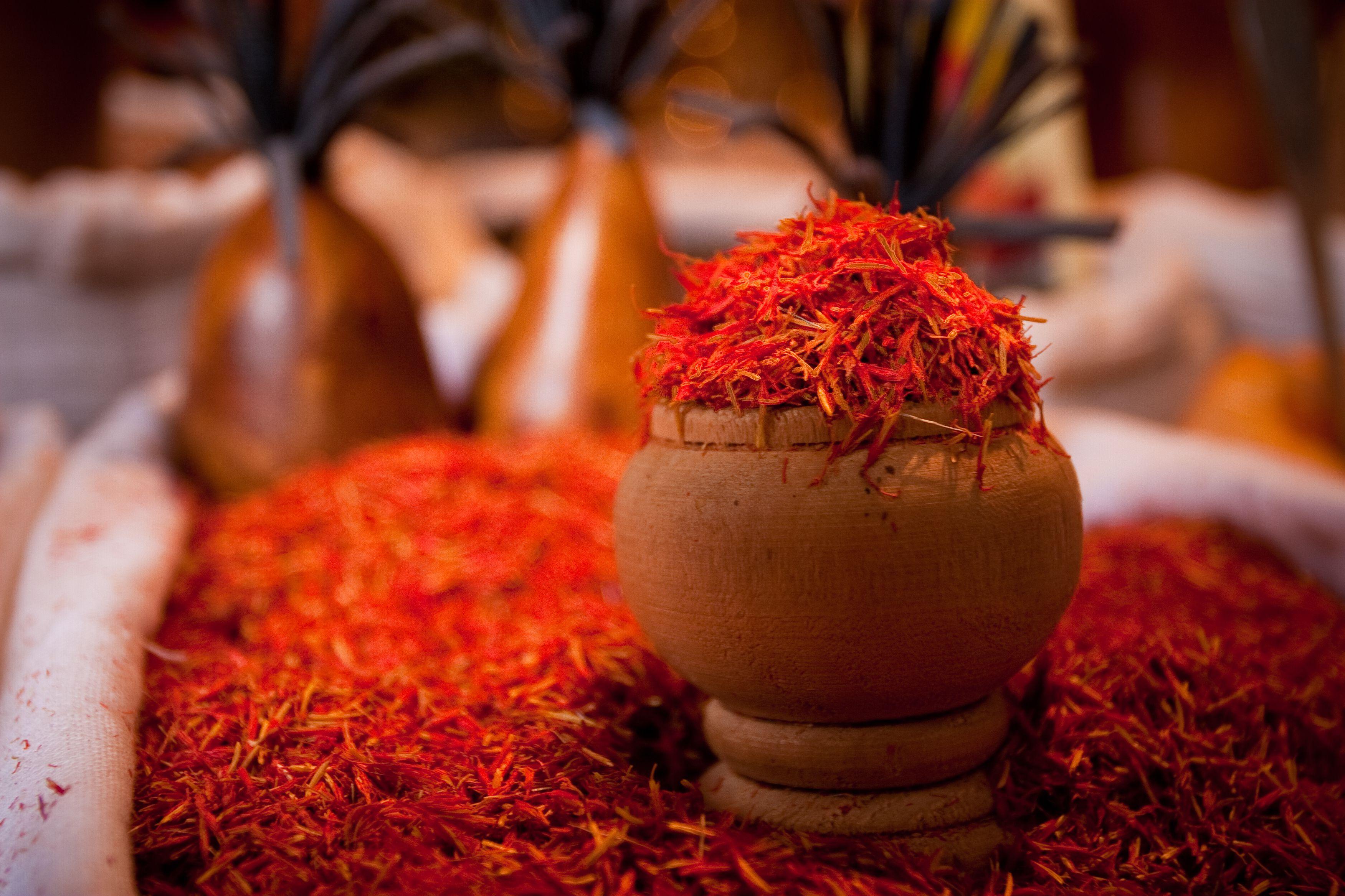 How To Use Spanish Saffron