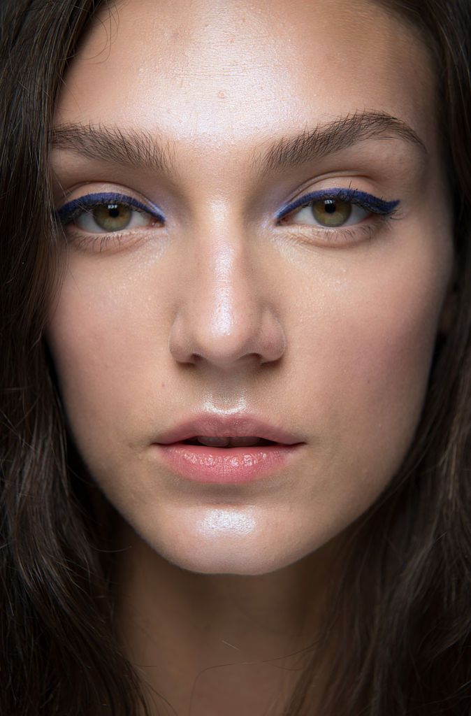 5 Easy Steps For Waking Up Tired Looking Skin