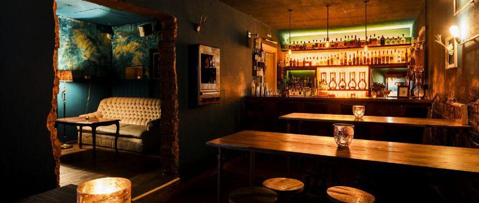best bars in hamburg. Black Bedroom Furniture Sets. Home Design Ideas