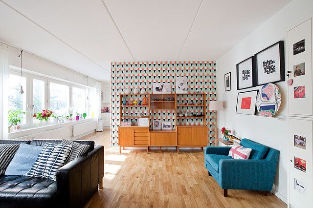 Playful Wallpaper Accent Wall Patterned Midcentury Living Room