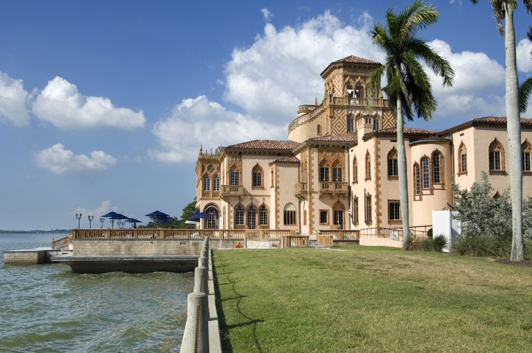 USA, Florida, Sarasota, Ca'd'Zan, Mansion of John and Mable Ringling, Venetian Gothic, 1926