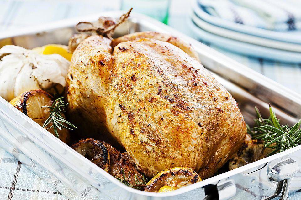 Garlic Roast Chicken with White Wine Sauce