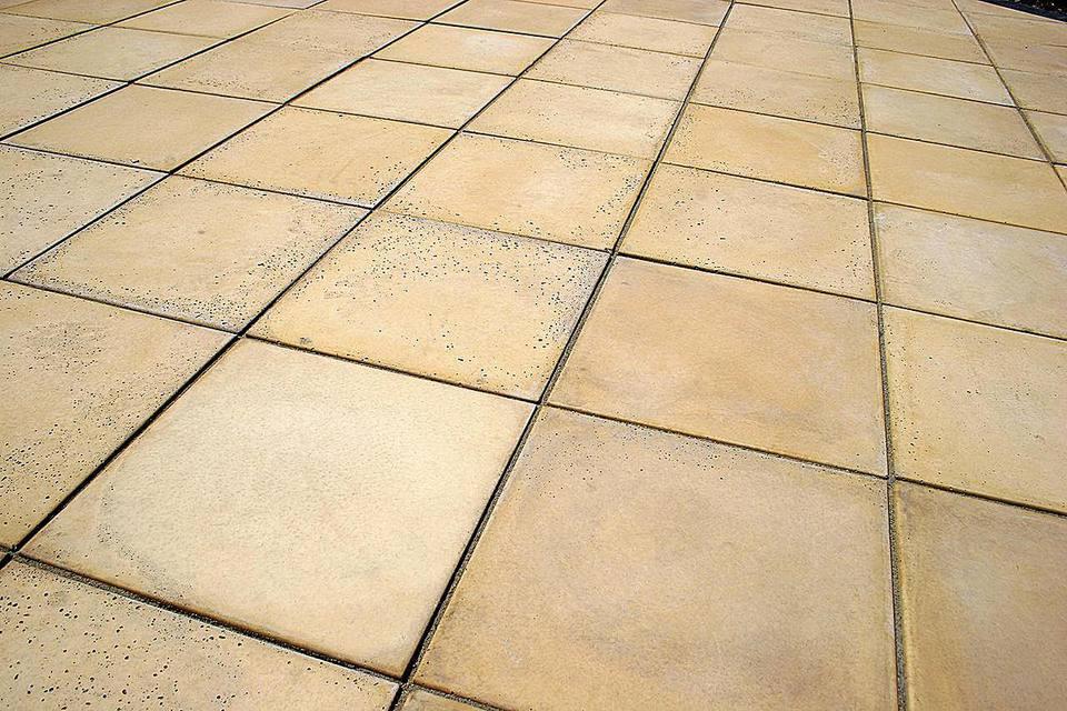 Sandstone coloured patio paving stones
