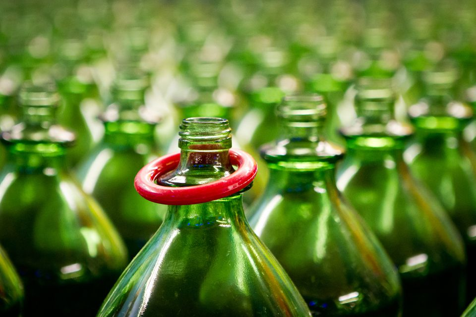 Bottle Ring Toss Carnival Game