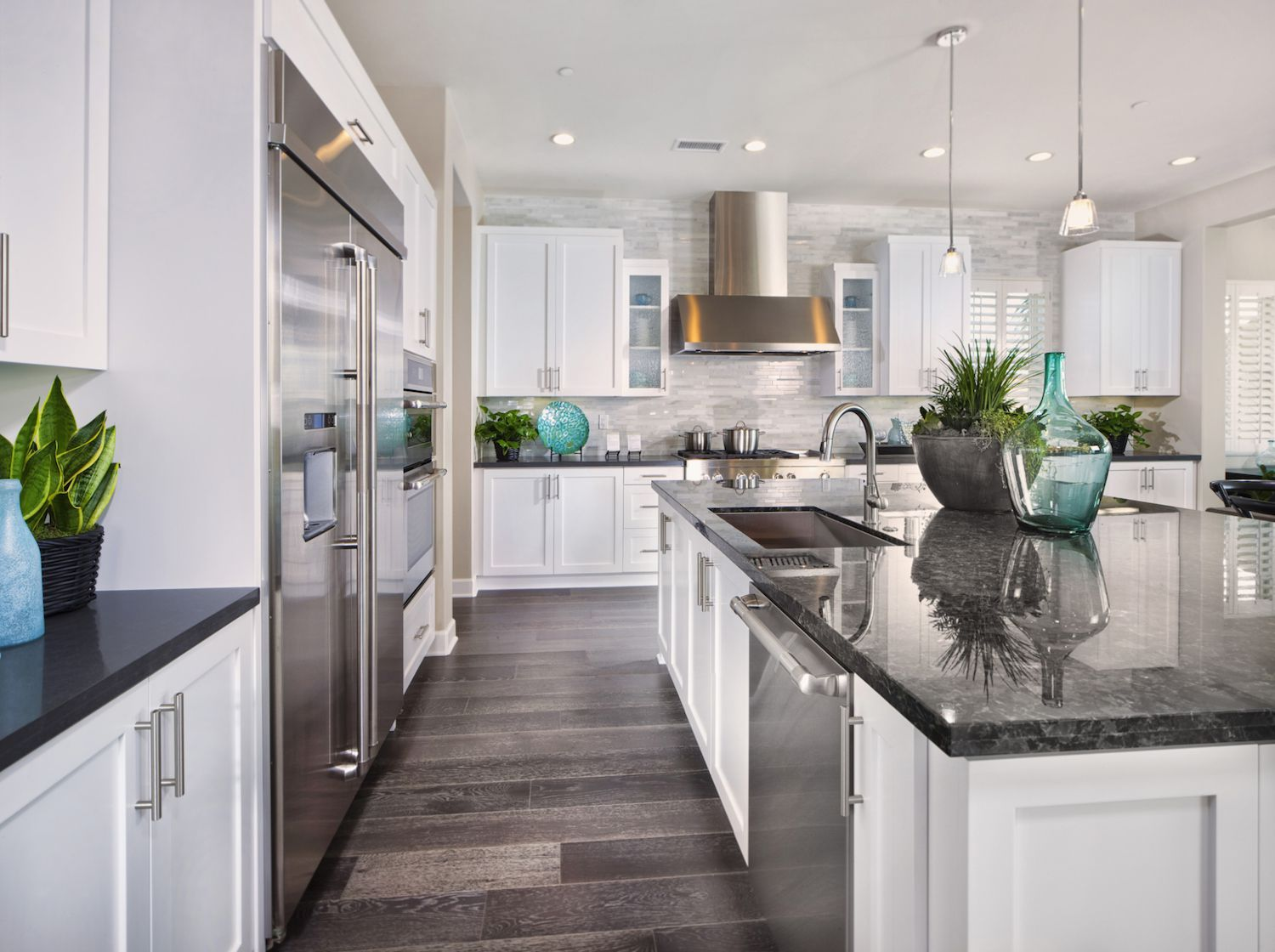Consider Giving Your Kitchen Cabinets A Facelift
