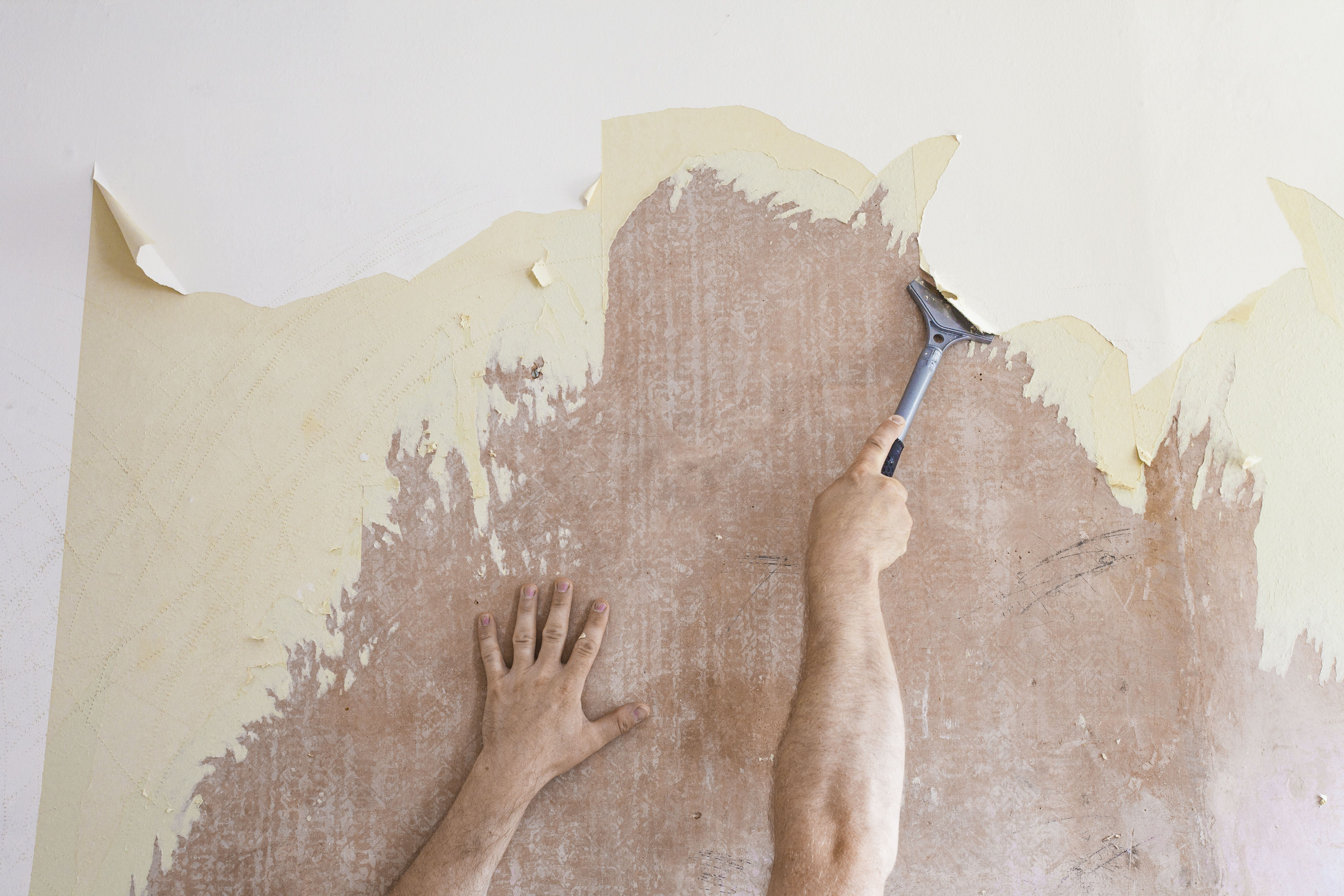 How to Remove Wallpaper Frugally