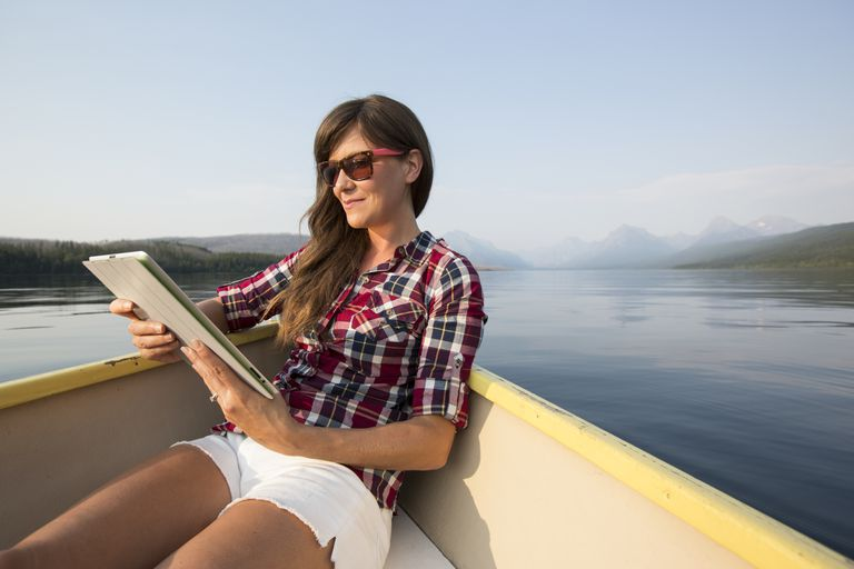 woman-boat-reading.jpg