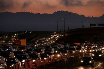 Thanksgiving Travel Traffic  In Northen California