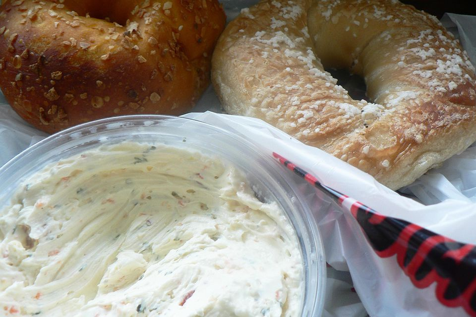 Bagels and farmer's cheese