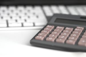 Learn how to anticipate various irregular expenses and how to budget for them in 4 steps