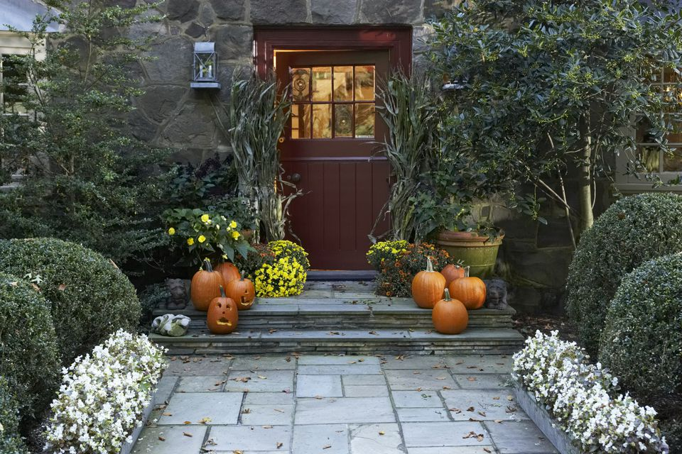 front door and entry decorated for fall american images incgetty images - Fall Yard Decorating Ideas
