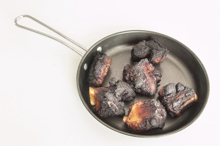 charred meat as an example of a carcinogen (heterocyclic amines)