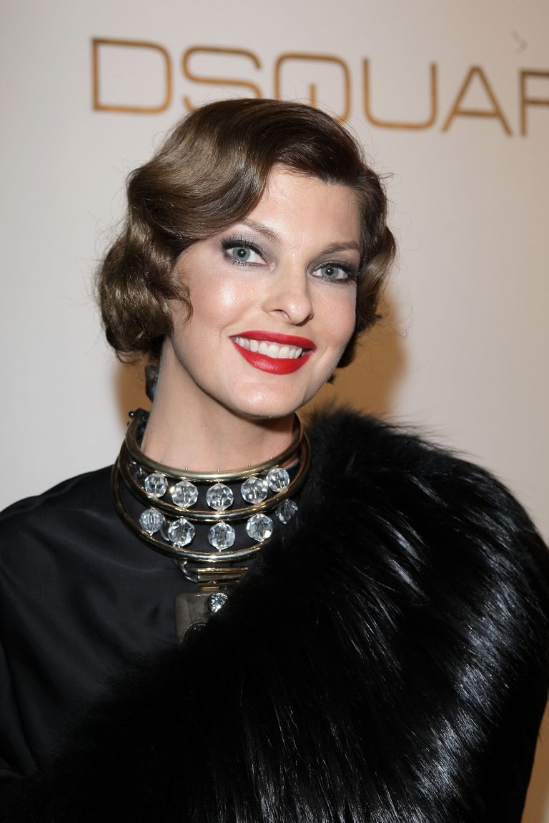 Linda Evangelista Hairstyles Her Hair Over The Years