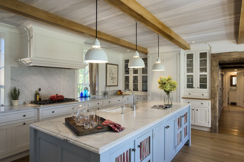 blue-white-wood-modern-farmhouse-kitchen