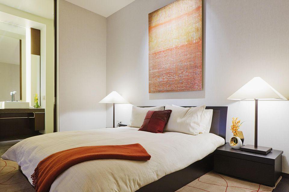 modern-bedroom.jpg
