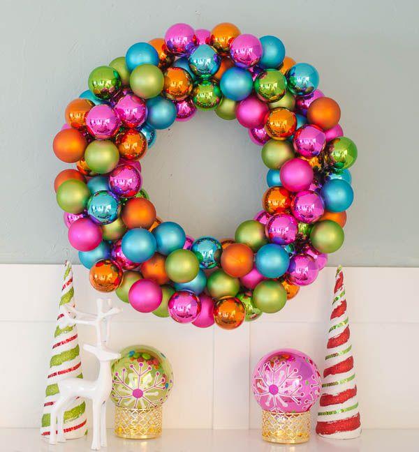 DIY Christmas Ornaments Wreath