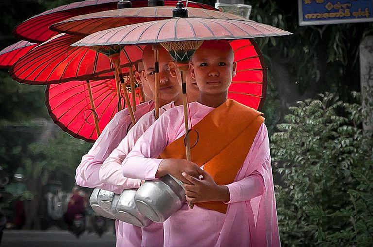 nuns-pink.jpg