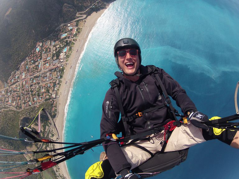 Paragliding awesomeness.