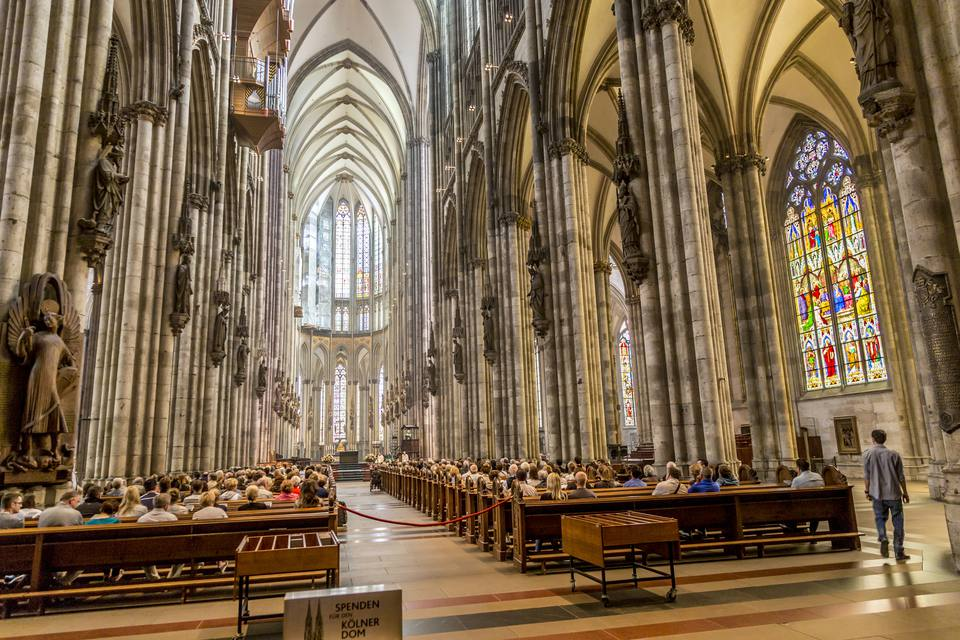 service held in Central nave of Cologne Cathedral