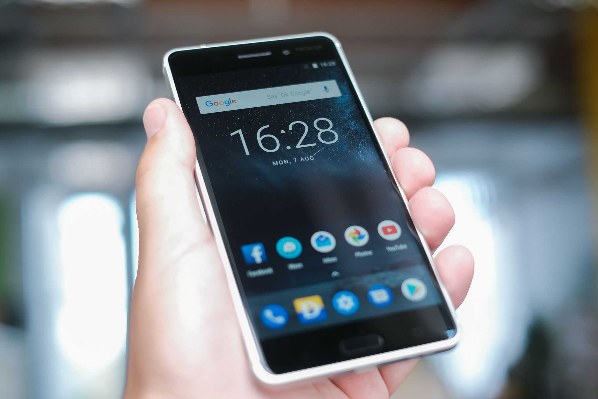 Image Result For The Best Budget Smartphones To Buy In Lifewire