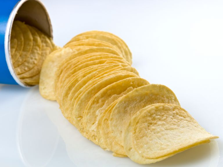How are Pringles potato chips made?