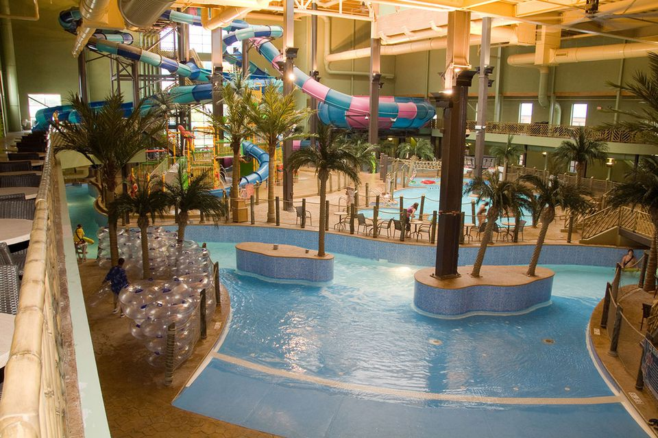 Ohio 39 s outdoor and indoor water parks where to get wet - Splash wave pool public swim hours ...