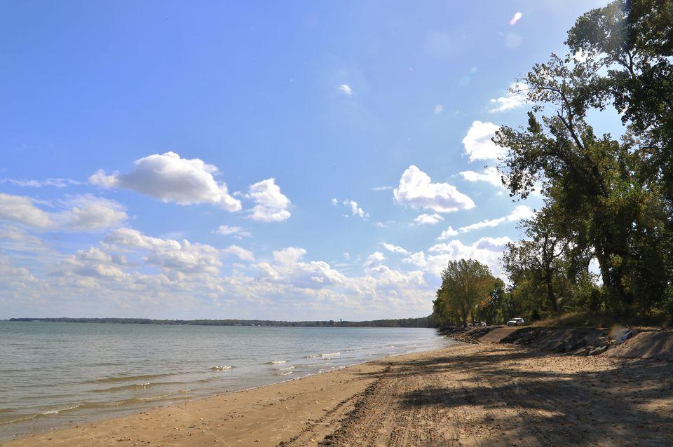 Landmark Beach on the Lake Erie Shore, East Harbor State Park, Marblehead, Ohio, USA