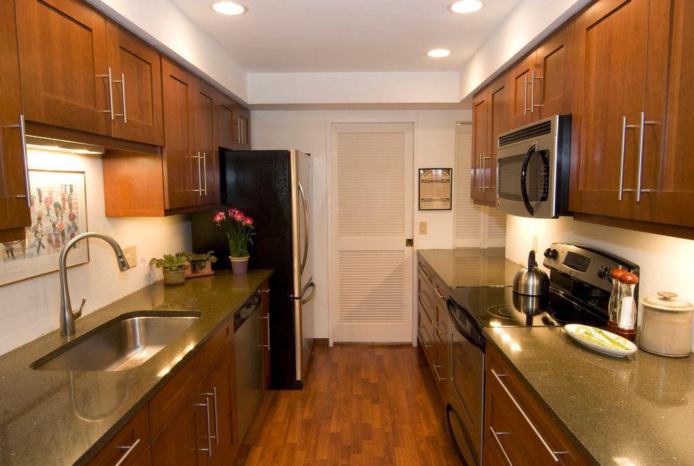 galley kitchen.  Fantastic Space Saving Galley Kitchen Ideas