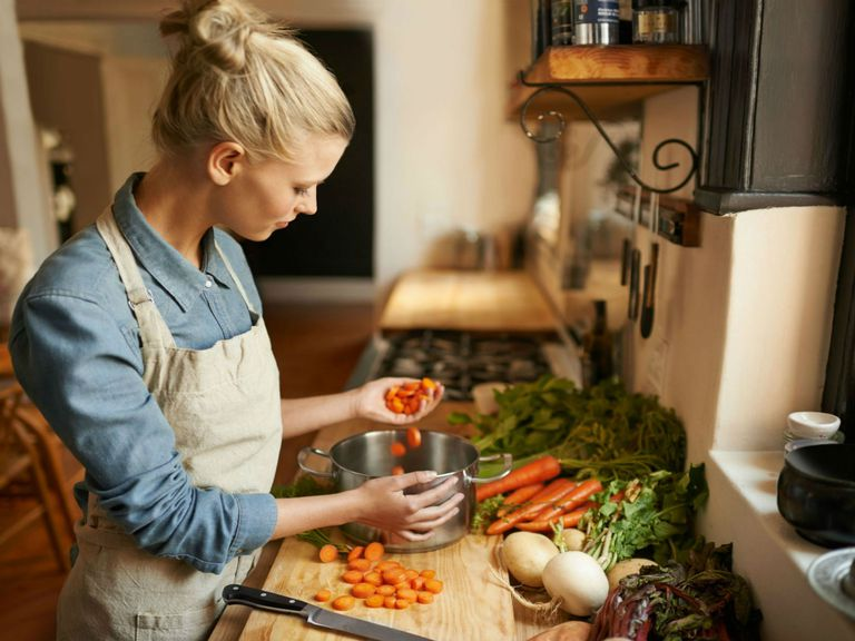 Finding Food Balance to Optimize Your MS Health
