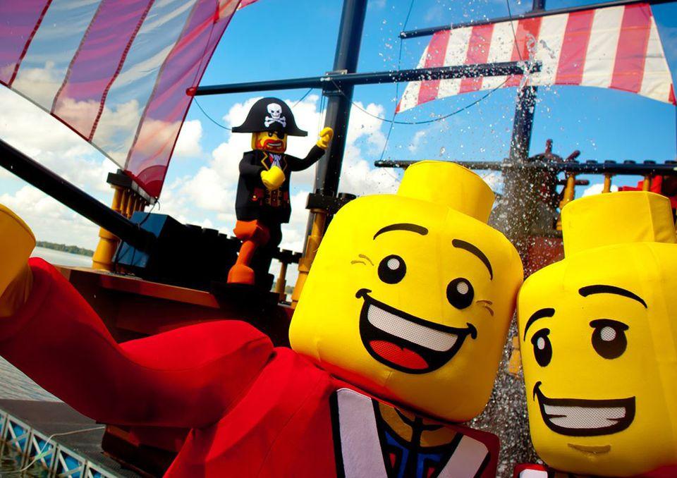 Pirates' Cove Legoland Florida ski show