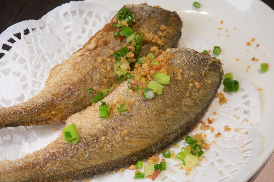 Croaker Fish | Korean Pan Fried Whole Fish Yellow Croaker Recipe