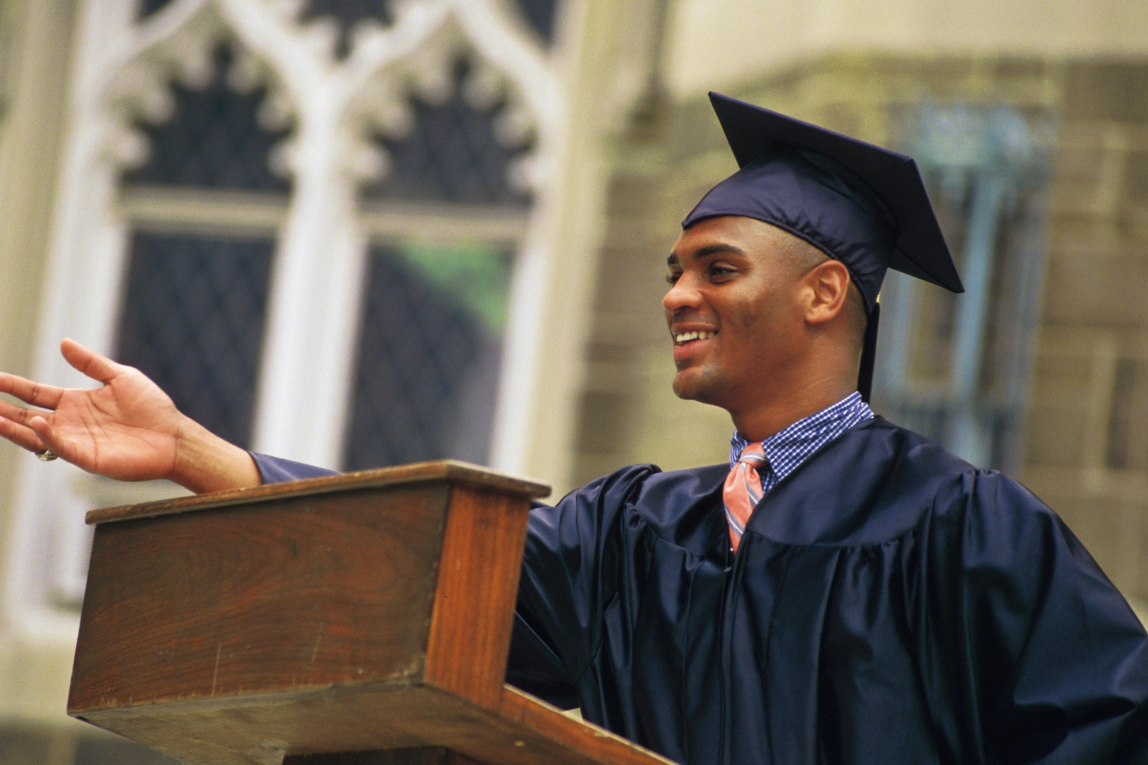 Graduation speech writing help
