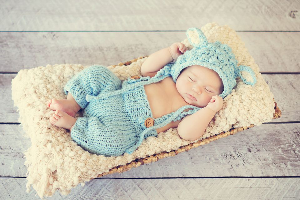 Baby crochet outfit