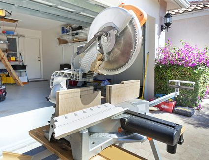 Can you use 8 inch dado blades on 10 inch saws how to use a compound miter saw in the woodshop greentooth Gallery