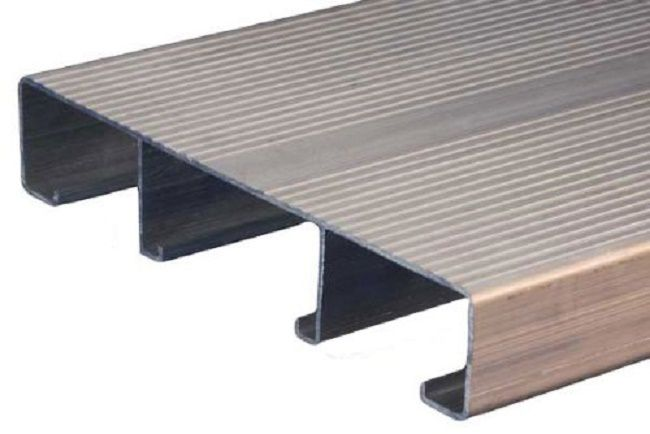 aluminum decking pros and cons