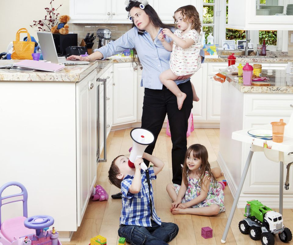 A picture of a busy mom