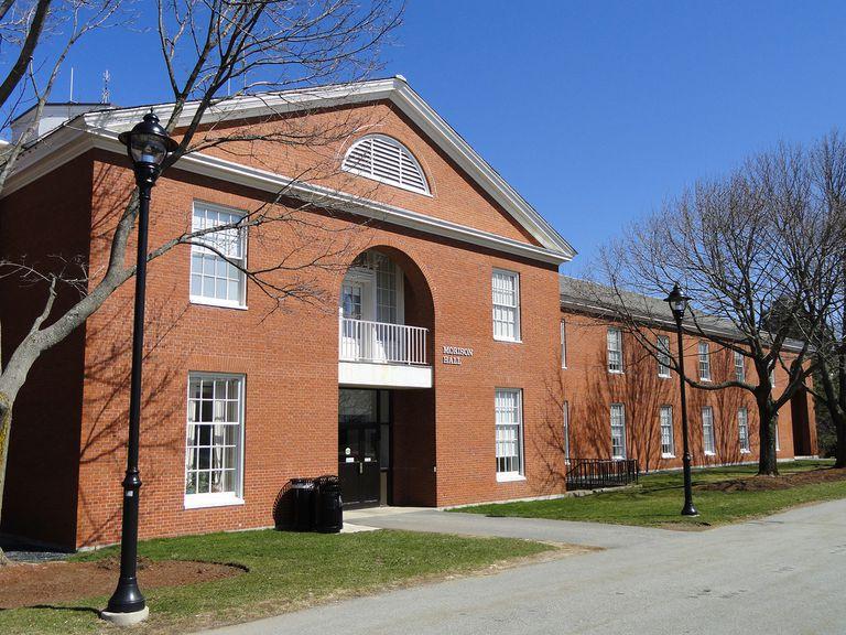 Morison Hall at Bentley University