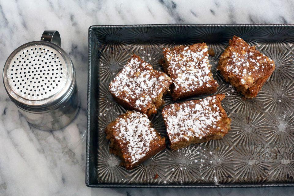 moist apple brownies